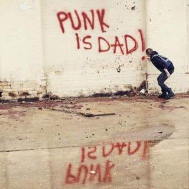 graffiti artist spraying